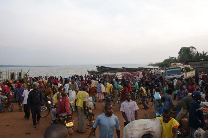 Entebbe (remolcador a Mabamba swamp)